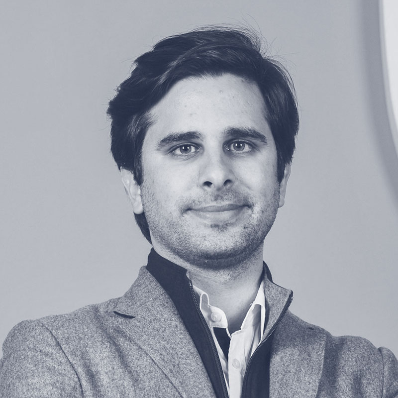 Miguel Santo Amaro is a startup mentor in Maze X Startup Accelerator