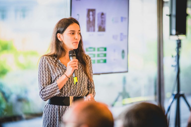Sara Gonçalves presenting Trigger Systems at the Calouste Gulbenkian Foundation, a founding member of Maze X startup accelerator.